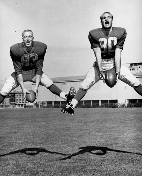 Ron Stover, #83, and J.C. Wheeler, #80, UO Athletics