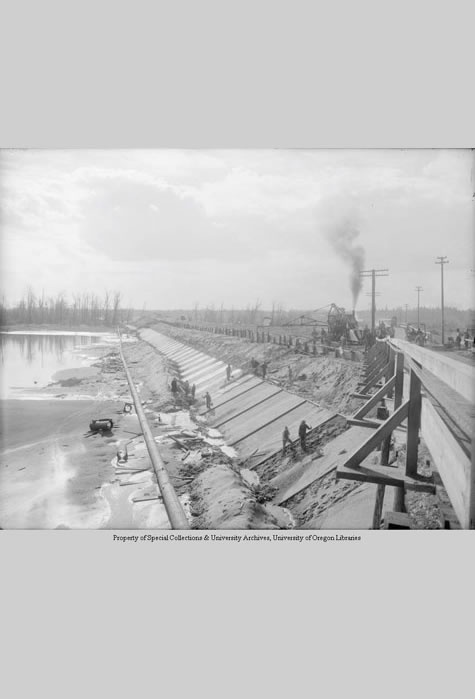 Construction of fill for Interstate Bridge, Portland, Angelus Studio Collections, Western Waters Digital Library