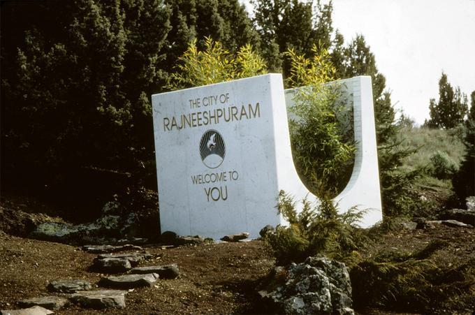Welcome Sign Sculpture, Rajneeshpuram (Rajneesh
