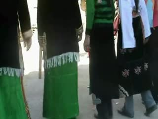 Rgysa bzang Tibetan Village: Traditional Tibetan Dancing (Part I)